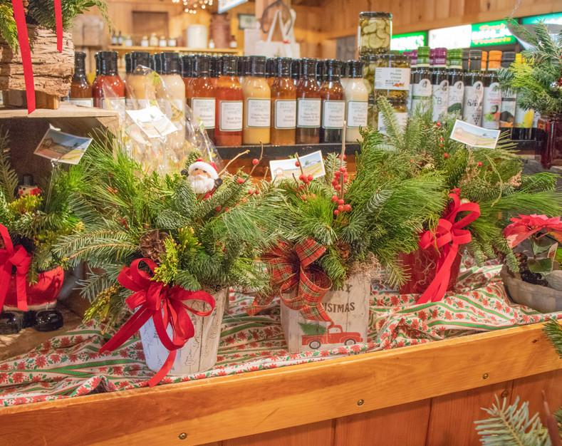 Christmas arrangements farm market 2.jpg