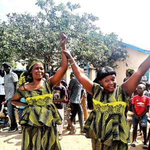 Kanyeleng women dancing