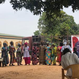 Kanyeleng women opening the performace in Pirang