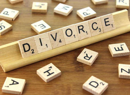 The difficulties that divorcing families are facing during the COVID-19 pandemic.