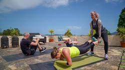 Gruppe beim CrossFit Workout