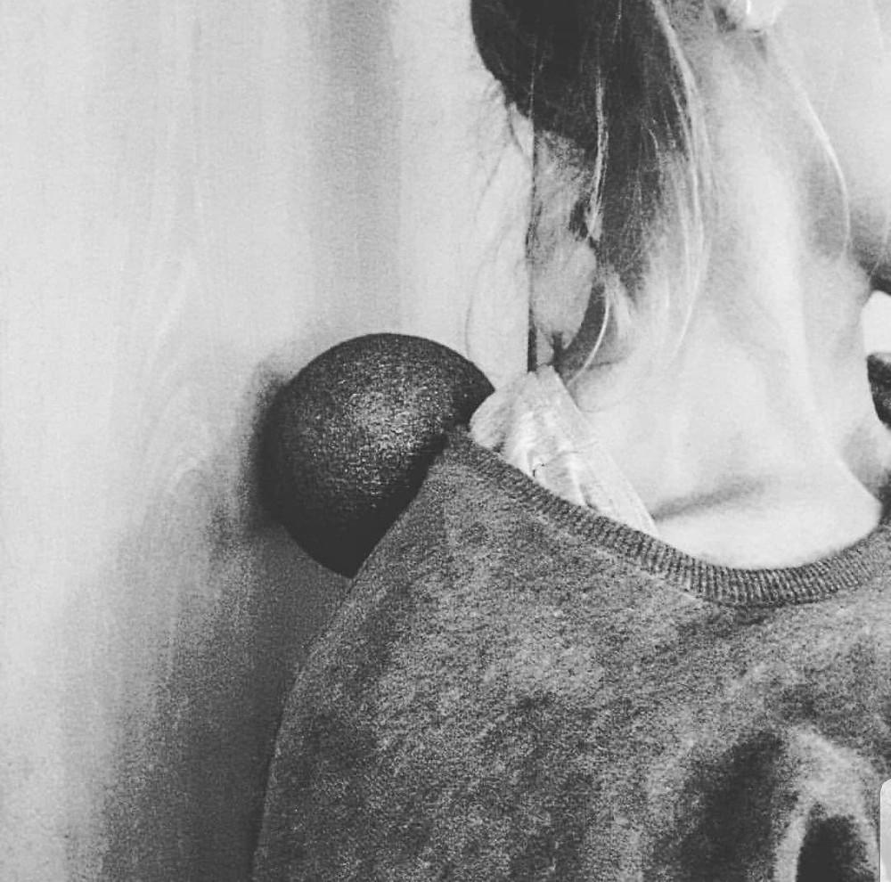 Nackenmassage mit dem Black Ball