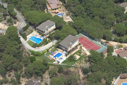 10-bedrooms-villa-sant-eloi-spain-travelopo-74-1c989f0f1b8fd050739976bf0b4c029e