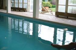 Yogabee, Schwimmbad, Pool