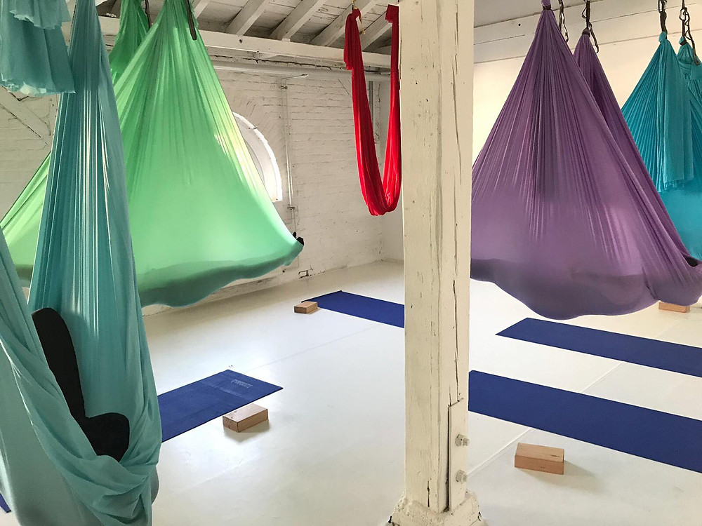Aerial Yoga, Savasana, Kokon