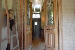Bauernhaus, Flügeltür, Leiter, Fell