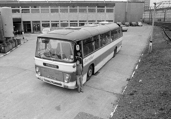 coach border 238.jpg