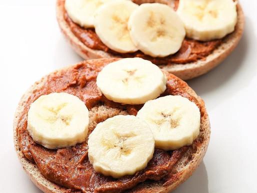 Banana-peanut bagel
