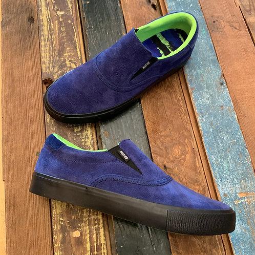 Glue Nike Verona Slip. Get a skate photo in these