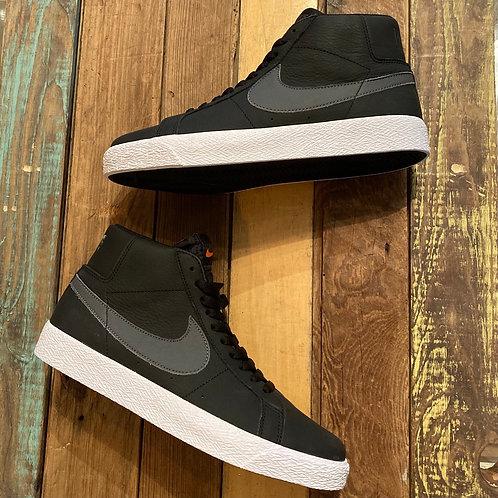 Nike SB Zoom Blazer Mid (Black/Dark Grey)