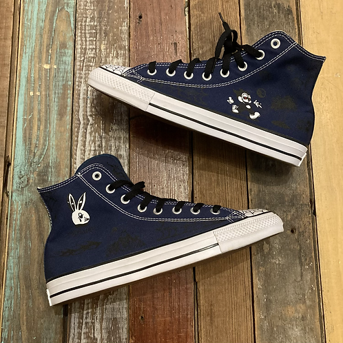 Get you these Converse G (Size 8)