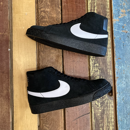 Nike SB Blazer (Black/White)