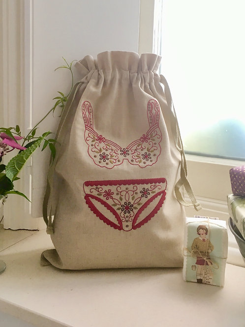 Ladies Travel Underwear Bag