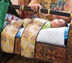 Culture helps shape when babies learn to walk