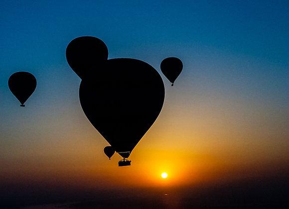 Balões ao nascer do Sol-2