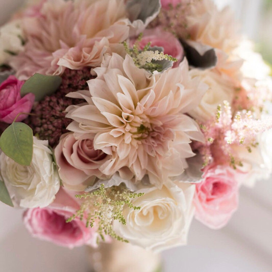 bride bouquet - Copy.jpg