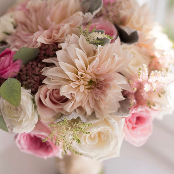 bride bouquet.jpg
