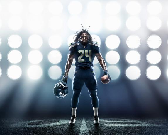 SU12_AT_LYNCH_NFL_Seahawks Uniform_001_f
