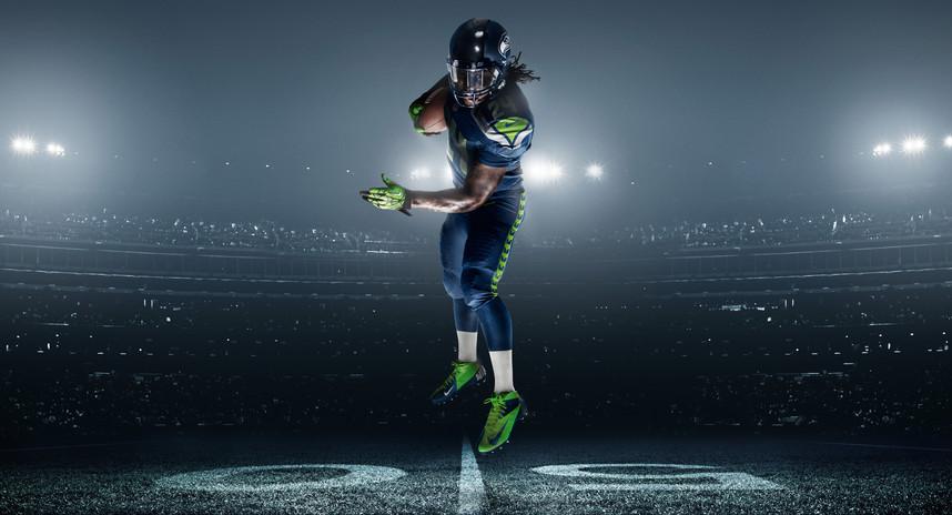 FA12_AT_LYNCH_NFL_Seahawks Uniform_003_T