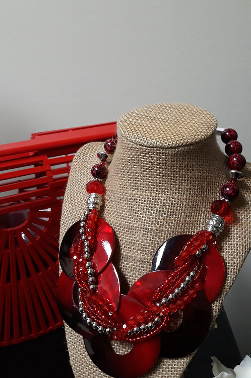 Red Shell Necklace Set