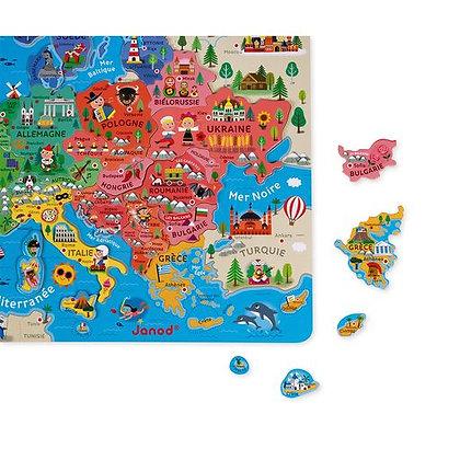 CARTE D'EUROPE MAGNÉTIQUE (BOIS)