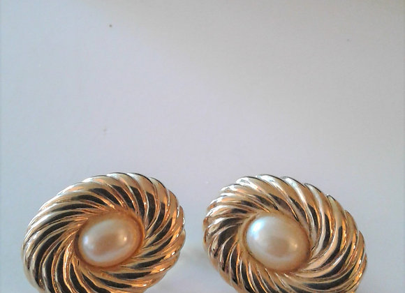Oval Vintage Clip On Earrings, Ribbed Gold Tone With Faux Pearl, In Excellent C