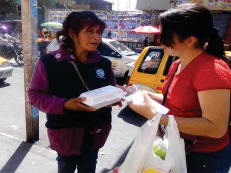 Ajuda em hospitais e ruas do Peru.