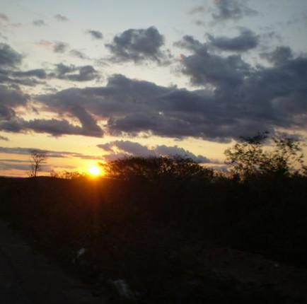 Pôr do Sol no sertão.jpg