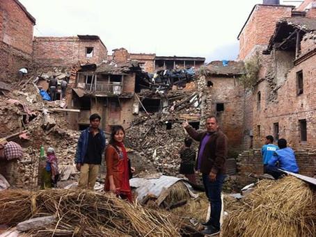 Amando um Nepal destruído