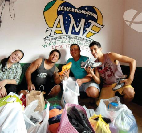 doações de roupas para casas de recuperação