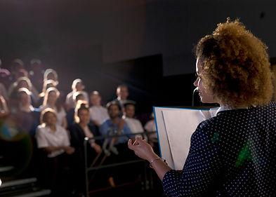 Speaker feminino