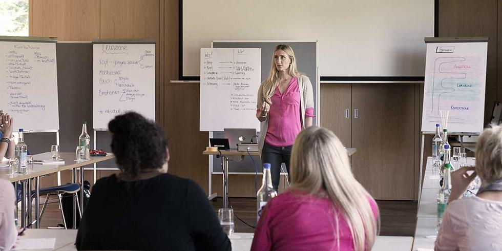 Female Business Seminars: Negotiation Skills