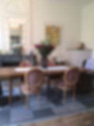 maison d'hôtes la part des anges - la salle à manger - une table d'hôtes à Fontenet 17400