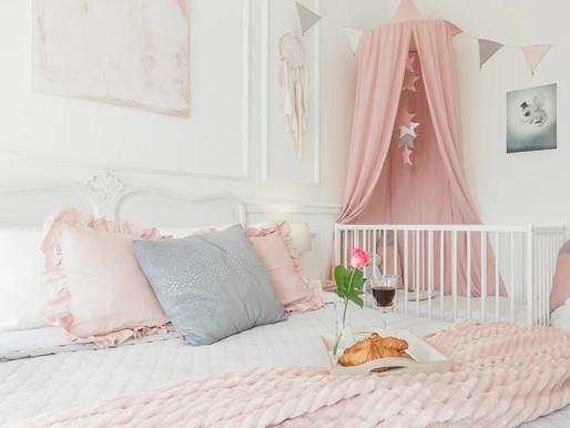 Kącik dziecięcy w sypialni