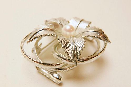一粒本真珠花文アンティーク帯留ブローチ