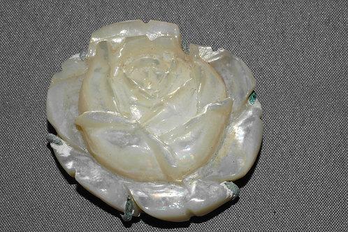 細工薔薇彫刻アンティーク帯留