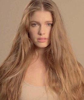 Agave Keratinbehandlung - Widerspenstigen Haaren ein Ende setzen.