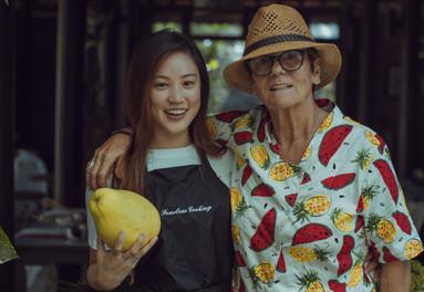 Monika Czerveniak and friend in Vietnam
