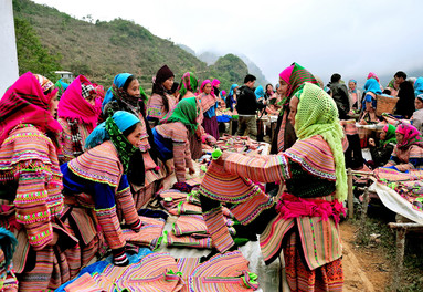 Bac Ha Markets rich in colour and tradition