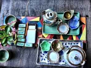The silent art of taking tea!