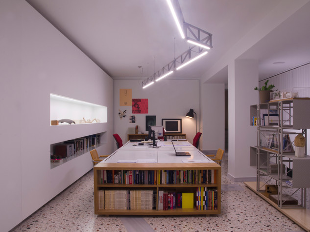 OVAL STUDIO OFFICES