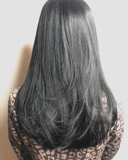 不用漂髮色的鐵灰色