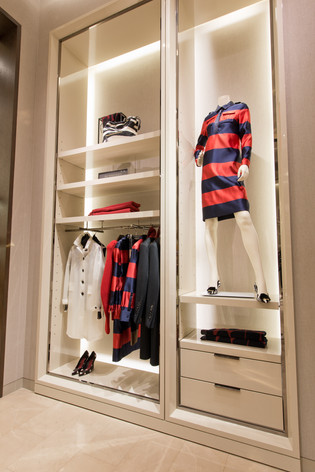 Burberry | Holiday 2013 | Instore