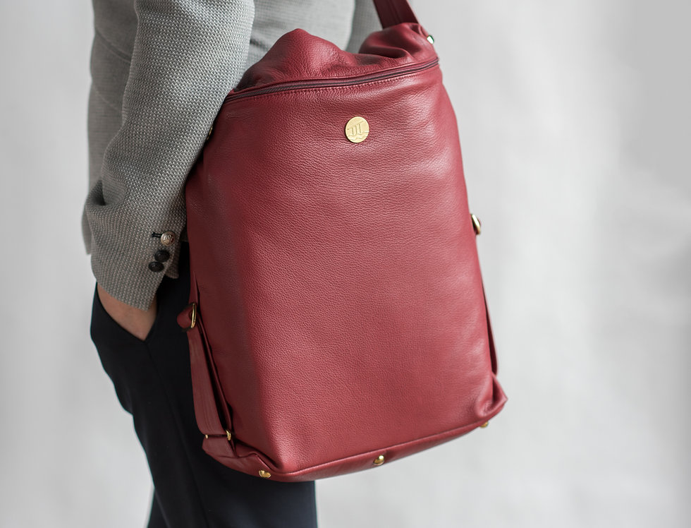 Smart Leather Laptop Bag In British Berry Red