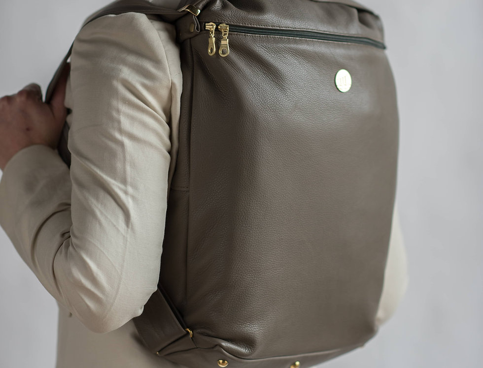Smart Leather Laptop Bag In Artisan Clay