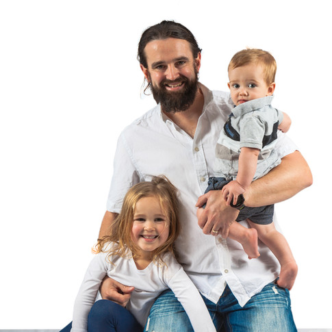 Family photoshoot, father and children