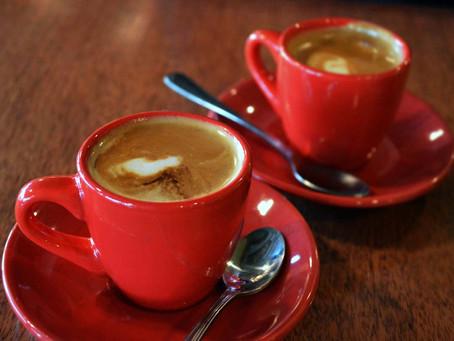 Ученые нашли связь между количеством чашек кофе в день и снижением смертности