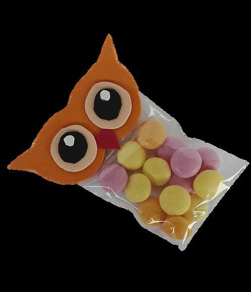 שקית צלופן בצורת ינשוף עם סוכריות מנטוס
