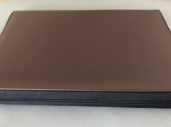 briefcase_laptop.jpg