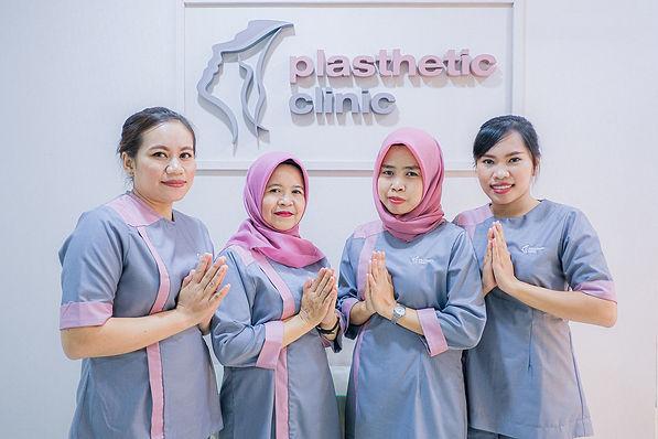 All female medical staff palsthetic clinic.jpg